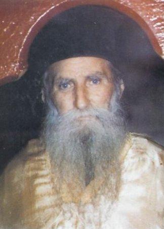 ΑΚΤΙΝΕΣ: Ο Παπα – Δημήτρης Γκαγκαστάθης [29.1. 1975]