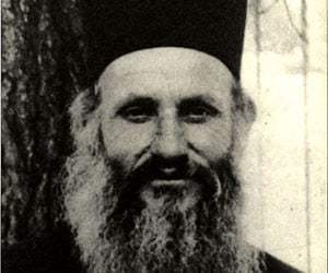 Ο νέος Οσιομάρτυς Νεκτάριος ο Αγιαννανίτης ο εκ Βρυούλλων της Μικράς Ασίας († 1922)