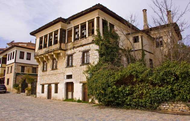 Αρχοντικά Καστοριάς 2