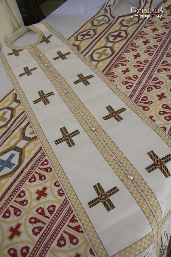 Παραδοσιακά εργόχειρα και εκκλησιαστικά άμφια στην Ι.Μ.Αγίας Ειρήνης (Ρέθυμνο)