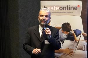 Μαθητές, φοιτητές και Internet: παιδαγωγική διαχείριση των κινδύνων