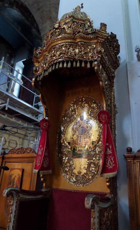 Χανιά: Ο καθεδρικός ναός των Εισοδίων της Θεοτόκου (Τριμάρτυρη)