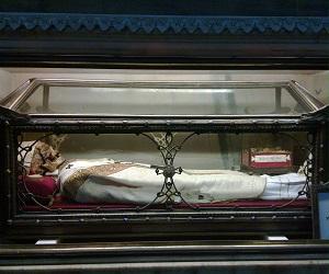 Άγιος Διονύσιος, αρχιεπίσκοπος Μιλάνου