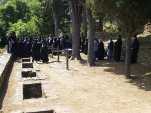 Εξόδιος Ακολουθία και ταφή μοναχού Νικοδήμου (Μπιλάλη)