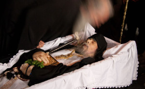 Η κηδεία του Προηγούμενου της μονής Γρηγορίου, π. Γεωργίου Καψάνη