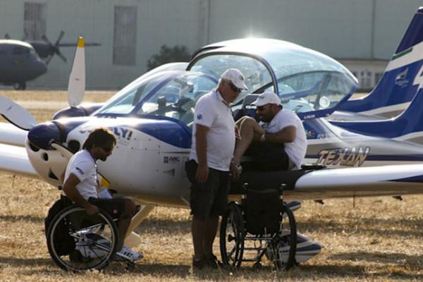 Μήνυμα ελπίδας από πιλότους με ειδικές ανάγκες!