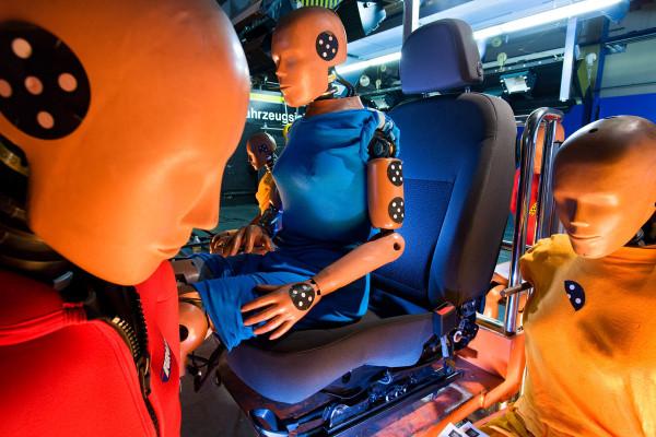 Opel-Ergonomic-Seats-04