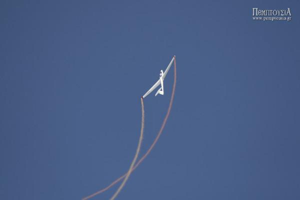 Αεροπλάνα και ανεμόπτερα στα όριά τους