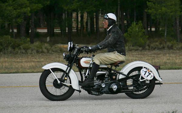 Όμορφες ιστορικές μοτοσικλέτες στο 3ο Σιρκουί Τατόι