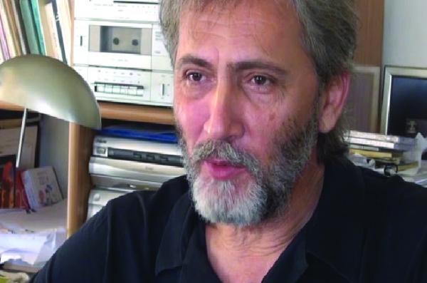 Γιάννης Καλπούζος, συγγραφέας και ποιητής