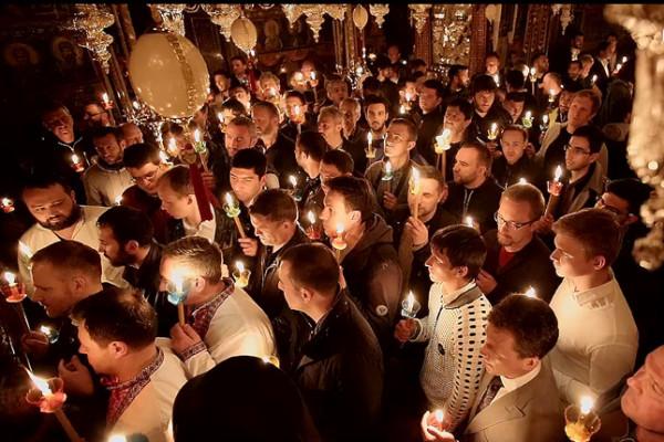 Η Ακολουθία της Ανάστασης και ο Εσπερινός της Αγάπης στην Ιερά Μονή Βατοπαιδίου, 2015