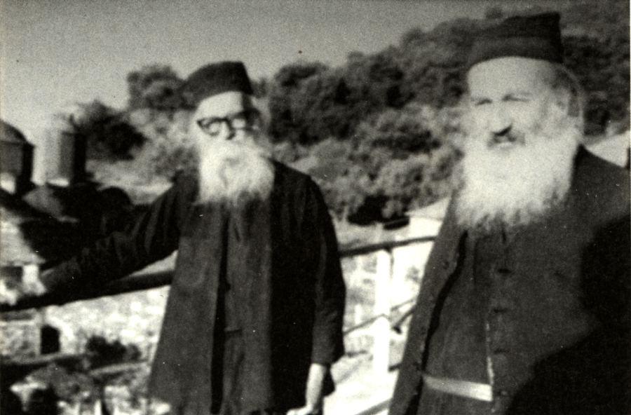 Ο Γέροντας Γρηγόριος (αριστερά) και ο υποτακτικός του Γέροντας Παύλος