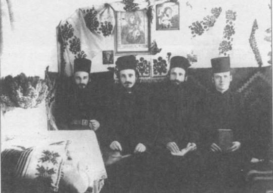 Πατέρες του Κελλιού Αγίου Τύχωνος της Καψάλας 1932
