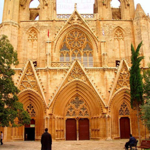 Ο επιβλητικός καθεδρικός ναός του Αγίου Νικολάου Αμμοχώστου