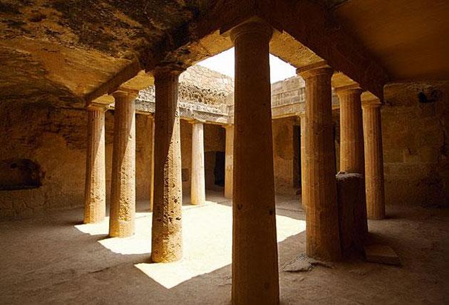 Μνημεία της Μεσογείου: Από τη βραχοπολιτεία της Πέτρας στη ...