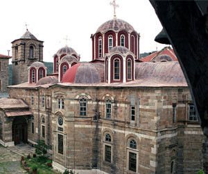 Τυπολογία και μορφολογία των καθολικών του Αγίου Όρους