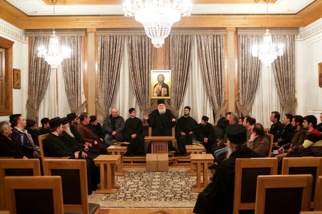 Επίσκεψη καθηγητών και μαθητών της Αθωνιάδας Σχολής στον Γέροντα Εφραίμ