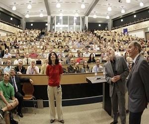 Ανακάλυψη σωματιδίου Higgs: η ευτυχής κατάληξη μιας μακράς πορείας