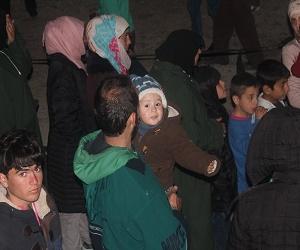 Διανομή φαγητού στους πρόσφυγες