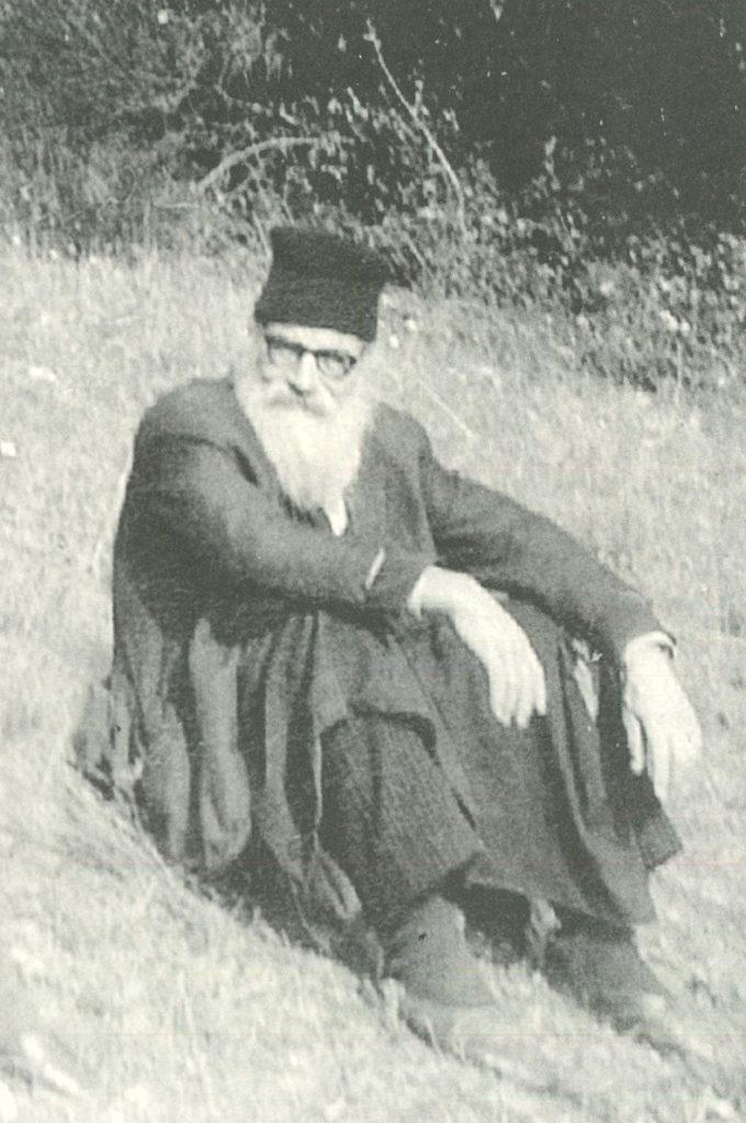 Ieromonahos Ioannis Kolitsiotis 01