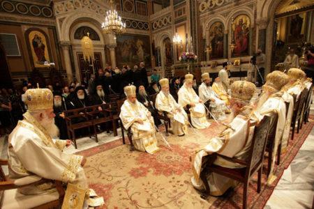 Η πρώτη θεία Λειτουργία στον ανακαινισμένο Καθεδρικό Ναό των Αθηνών