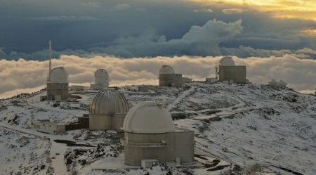 Το αστεροσκοπείο πάνω από τα σύννεφα