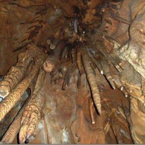 Ξενάγηση στο σπήλαιο του Ερμή