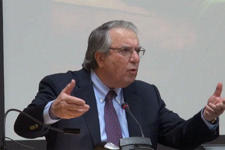 Μπαμπινιώτης-Νανόπουλος: η σχέση μεταξύ ανθρωπιστικών και θετικών επιστημών
