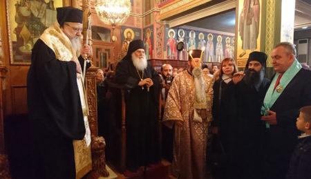 Το Αγρίνιο υποδέχτηκε την Παναγία Παραμυθία