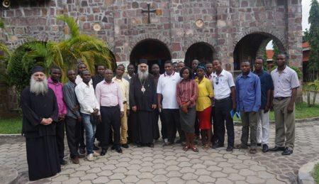 Η Ορθόδοξη νεολαία του Κογκό συναντά τον πνευματικό της πατέρα