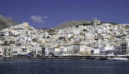 Σύρος: Κόμβος θαλασσίων οδών και πολιτισμών