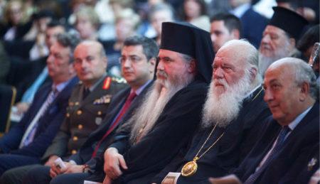 """Ο Σταύρος Κουγιουμτζής """"ξεναγεί"""" τον Αρχιεπίσκοπο Αθηνών και πάσης Ελλάδος κ. Ιερώνυμο στην Καλαμαριά»"""