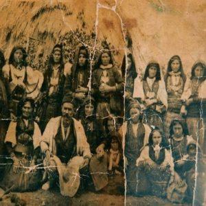 Αφήγηση μιας Σαρακατσάνας: της Μεταμορφώσεως του 1906 σκοτώνεται ο Καπετάν-Γαρέφης