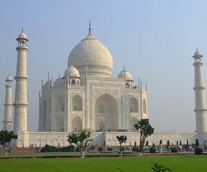 Η παράξενη θρησκευτικότητα σε Ινδία και Νεπάλ