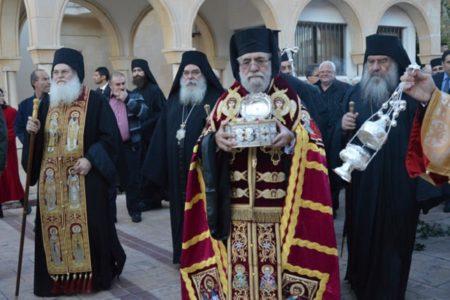 Υποδοχή της Τιμίας Κάρας του Αγ. Ιωάννου του Χρυσοστόμου στη Μητρόπολη Κιτίου