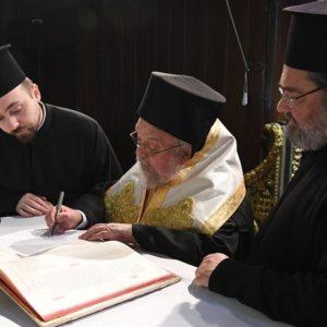 Μηνύματα των νεοεκλεγέντων Μητροπολίτη Βρυούλων και Επισκόπου Αραβισσού