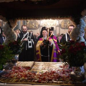 Ακολουθίες της Αποκαθηλώσεως και του Επιταφίου Θρήνου στο Οικουμενικό Πατριαρχείο