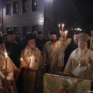 «Χριστός Ανέστη» από το Οικουμενικό Πατριαρχείο στους δύο Έλληνες στρατιωτικούς