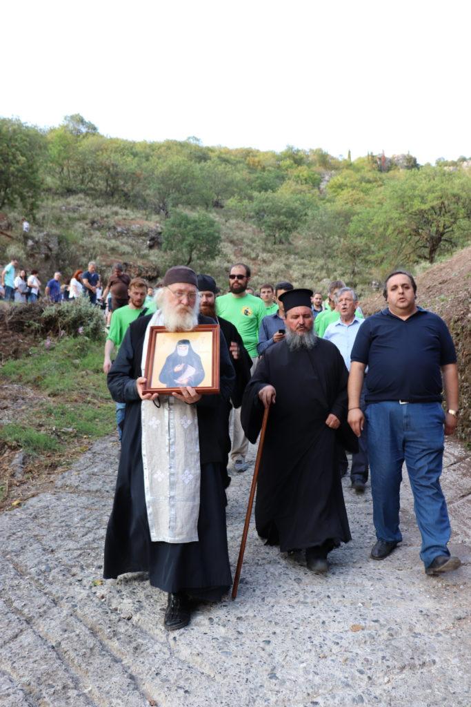 Ο Άγιος Παΐσιος και το εκκλησάκι της Αγίας Βαρβάρας στην Κόνιτσα