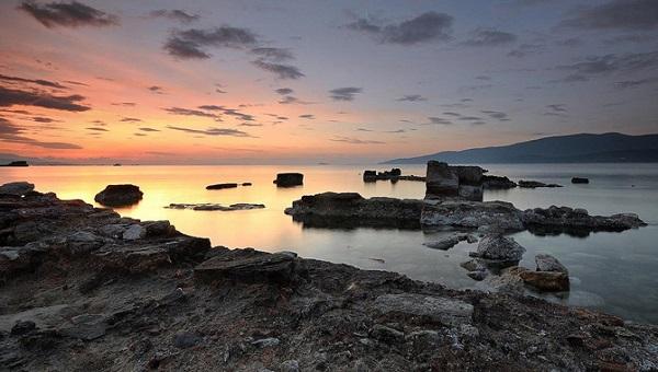 Στο αγιόπλοο αρχαίο λιμανάκι των Κεγχρεών | Πεμπτουσία