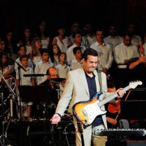 Στο Θέατρο Παλλάς ο Σταμάτης Σπανουδάκης! «Ψυχή μου, μη λυγίζεις»