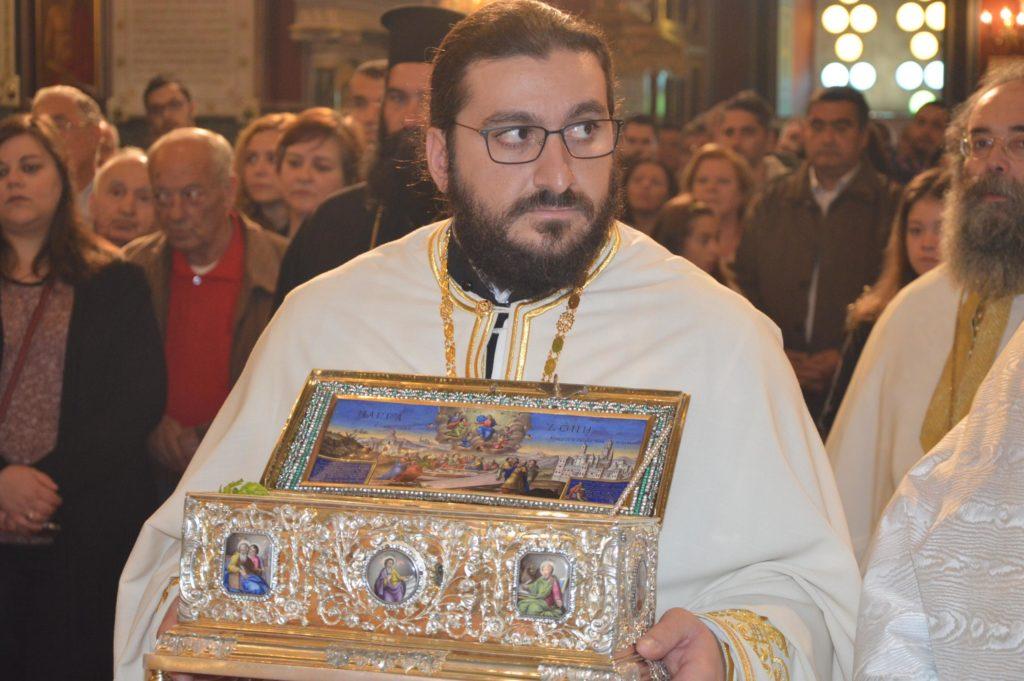 Δισαρχιερατική Θεία Λειτουργία ενώπιον της Αγίας Ζώνης στην Τρίπολη