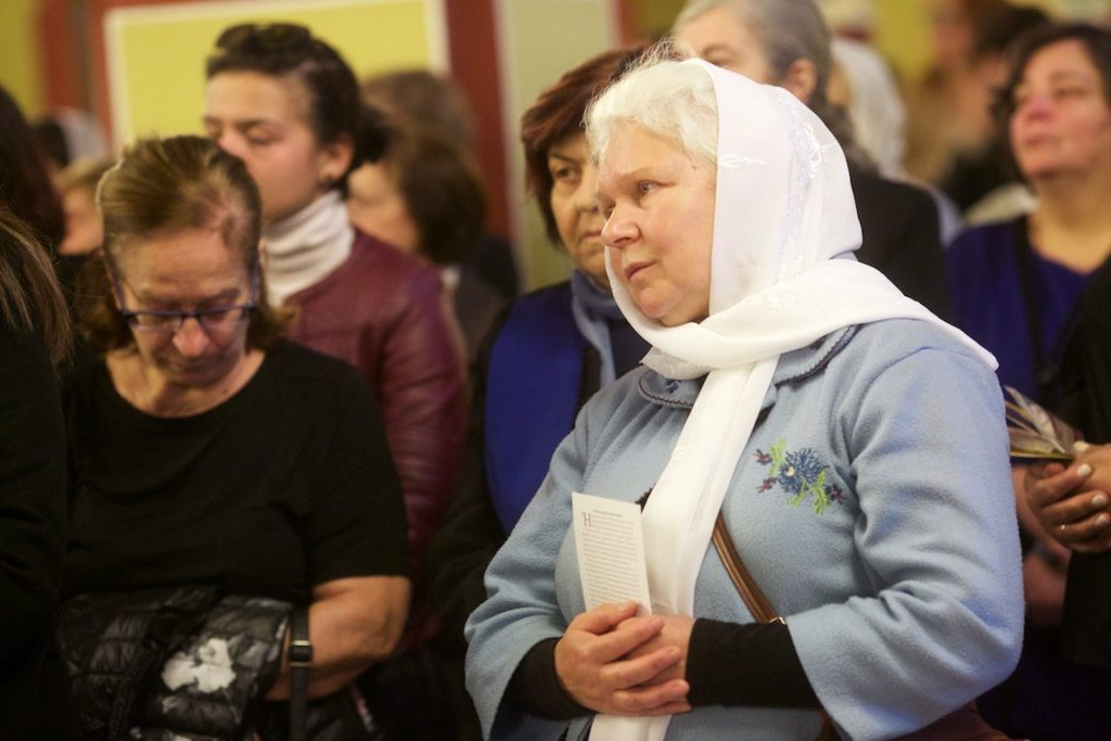 Αρχιερατική Θεία Λειτουργία με τον Γέροντα Εφραίμ ενώπιον της Αγίας Ζώνης