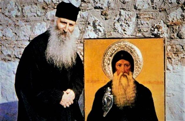 Ο Άγιος Δαβίδ εμφανίζεται και προσεύχεται μαζί με τον Άγιο Ιάκωβο! |  Πεμπτουσία