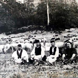 Η κτηνοτροφική ζωή των Βλάχων, το ρούγκιασμα