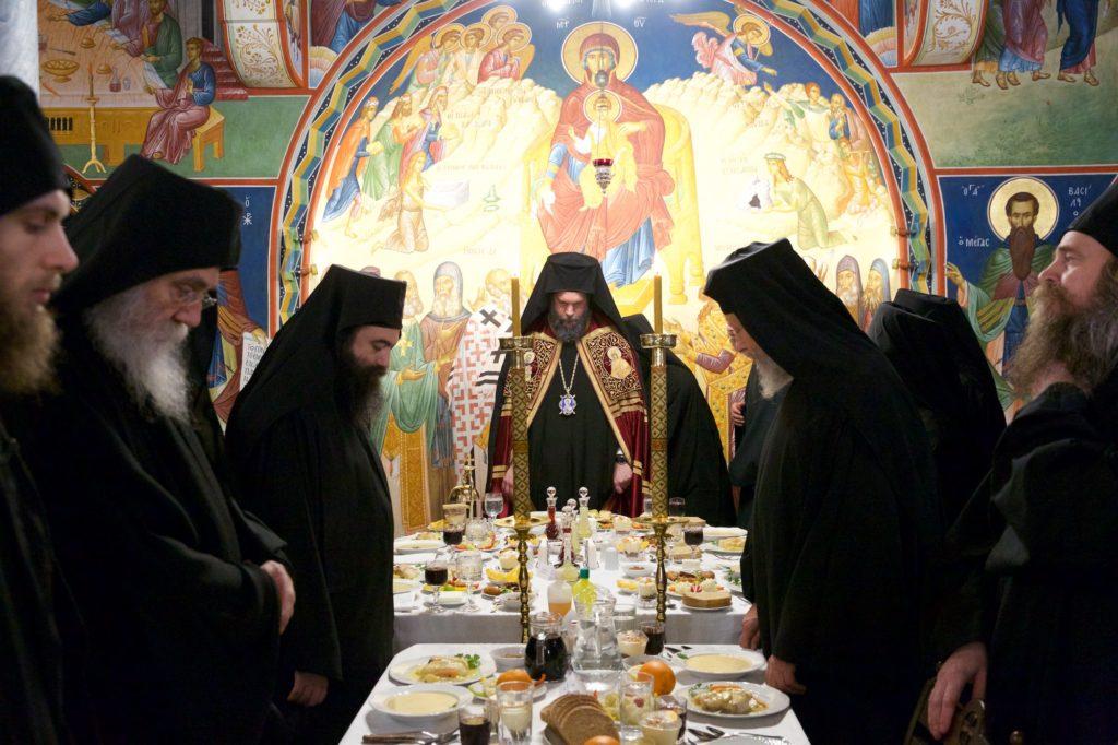 Ιερά Μονή Σίμωνος Πέτρας. Εορτή Αγίου Σίμωνα. Πανηγυρική Τράπεζα, Συνοδικό