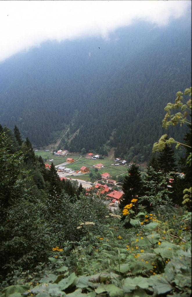 Του κόσμου τα γυρίσματα – Πόντος. Αλησμόνητη Πατρίδα (Αύγουστος του 2000)