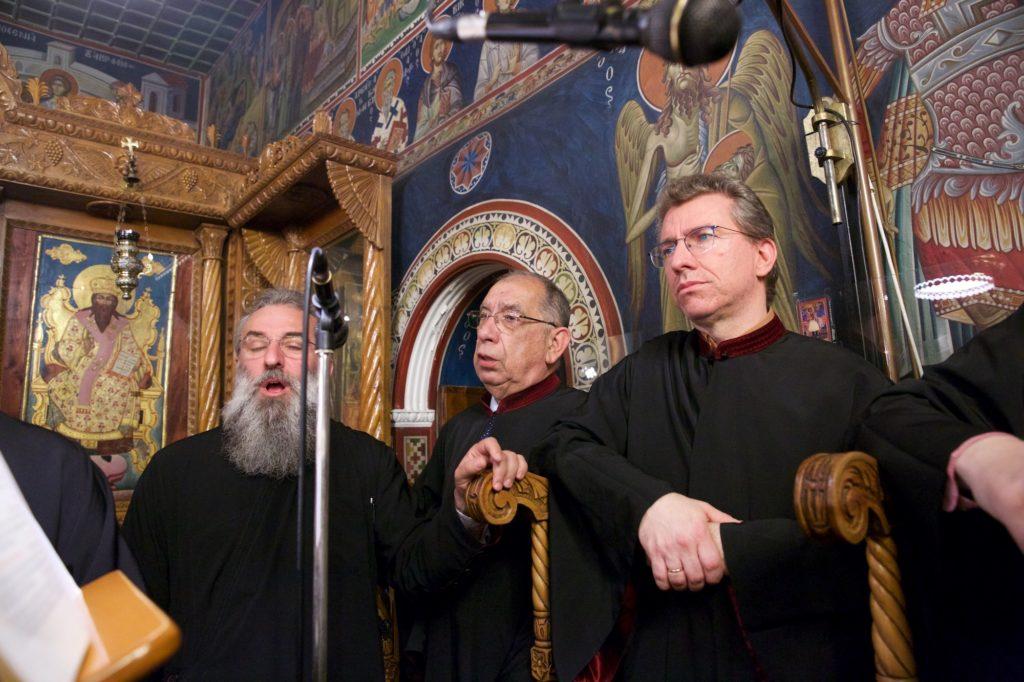 Ο Άγιος Νεκτάριος  στην πόλη της Θεσσαλονίκης, στον Ιερό Ναό της Παναγίας Λαοδηγητρίας