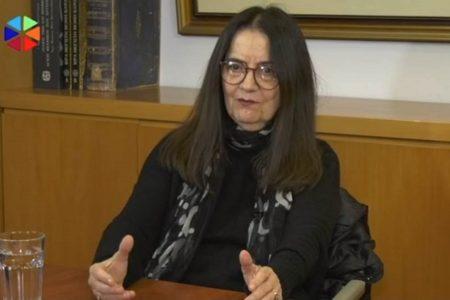 Ελένη Καραΐνδρου: Το αύριο το βλέπω με ελπίδα