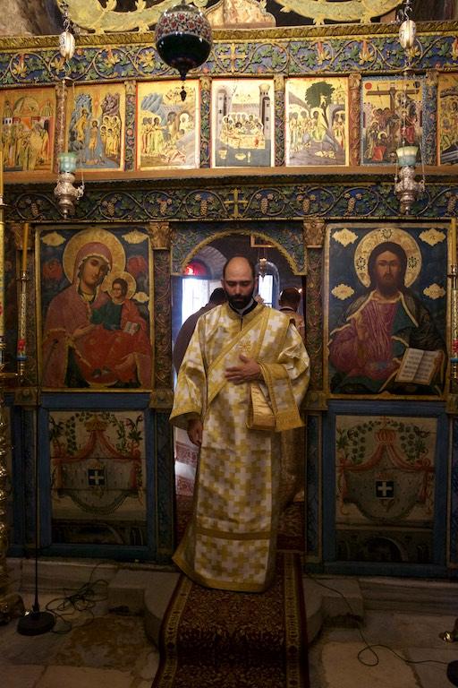 Ο Αρχιεπίσκοπος Αμερικής κ. Ελπιδοφόρος Κυριακή της Πεντηκοστής στην Μονή Βλατάδων